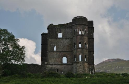 Ruined castle representing Ireland's tumultuous history